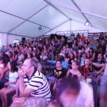 Public sous tente